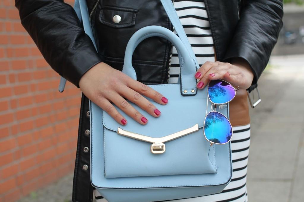 sac à main bleu pastel
